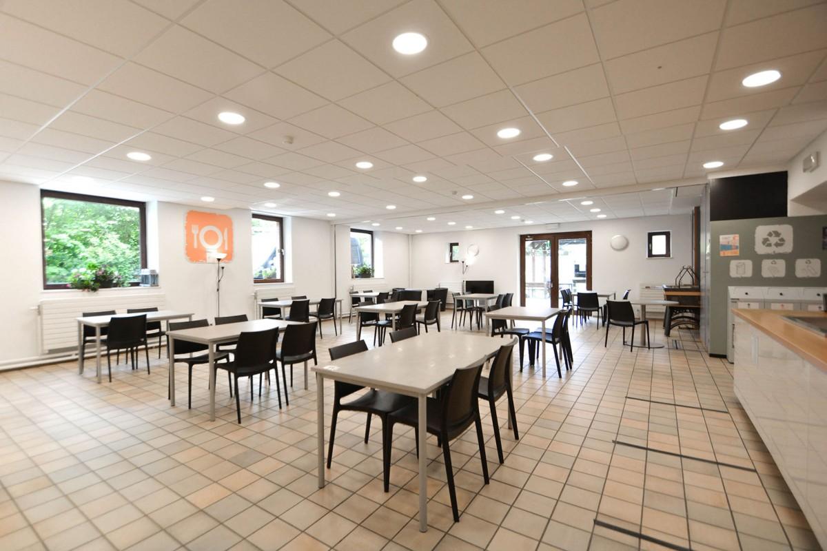 Auberge de jeunesse de Champlon - Salle de restauration