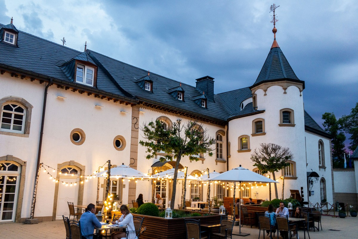 1920x1280px-terrasse-chateau-d-urspelt-287229