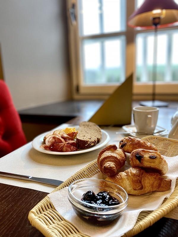 Petit-dejeuner-chateau-d'Urspelt