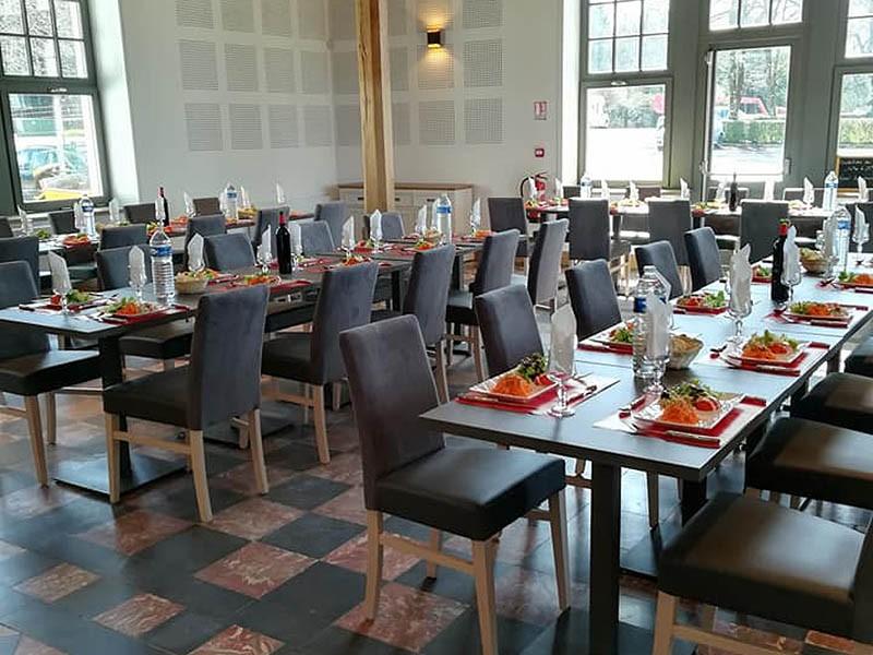 Repas au restaurant l'Abri des Pèlerins