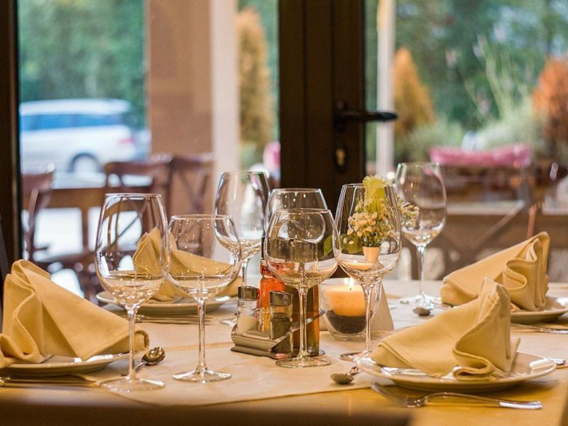 Repas dans le restaurant partenaire de votre choix - Image prétexte